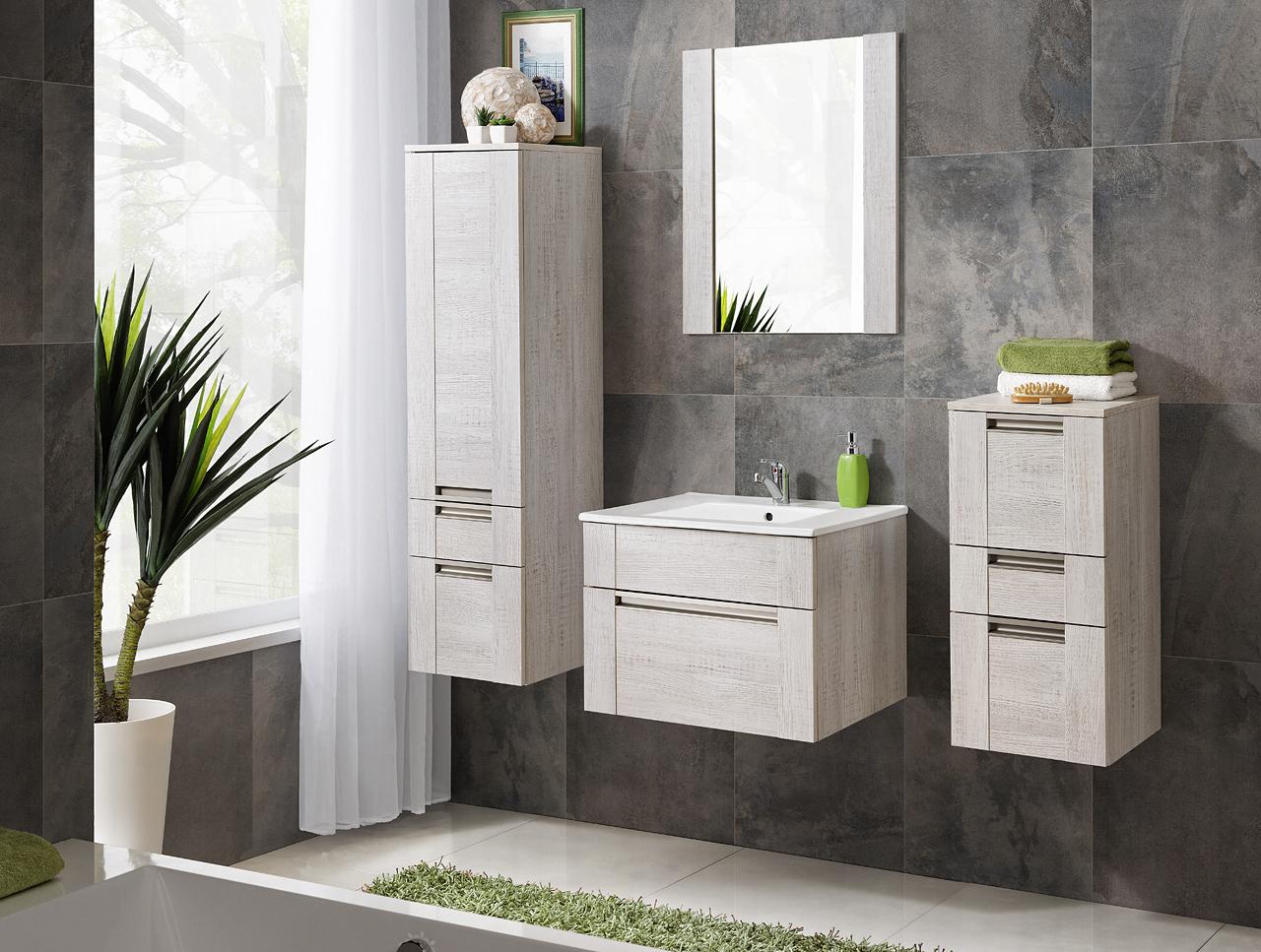 Kolekcje mebli łazienkowych lakierowane i drewniane