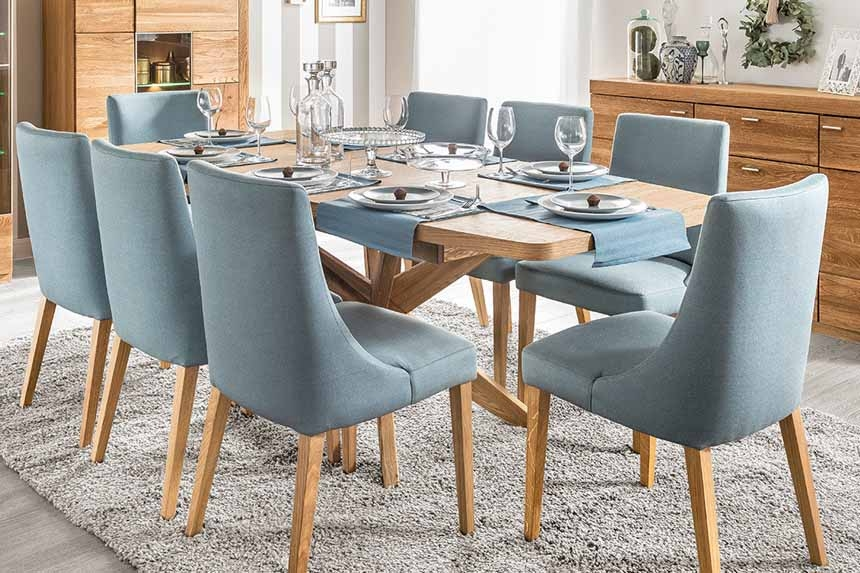 Krzesła, stoły i stoliki