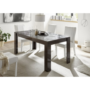 Miro stół