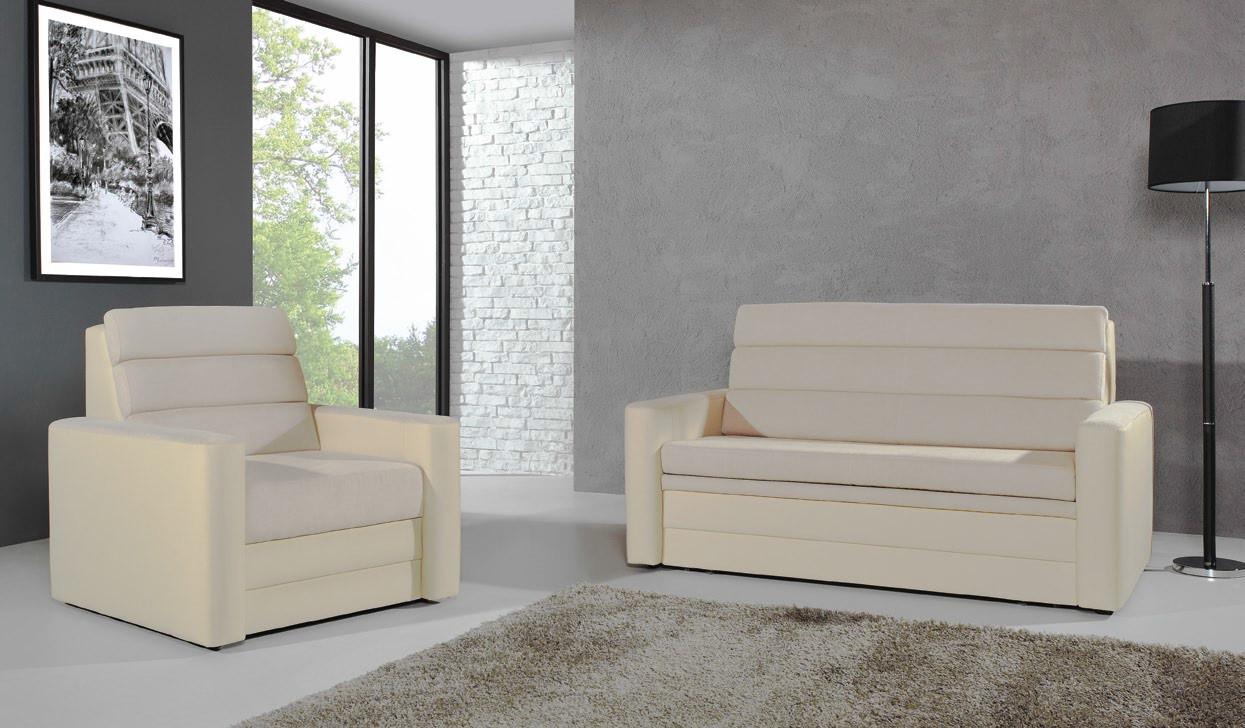 wygodny fotel i sofa pasuje do klasycznych białych mebli z kolekcji village